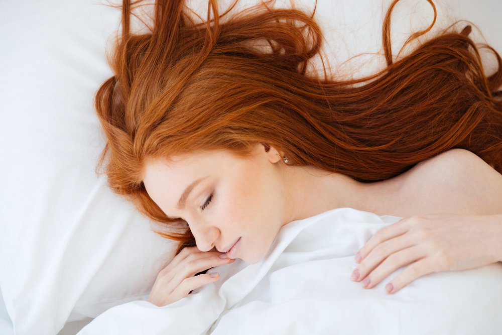 Yatmadan Önce Saç Bakımı Nasıl Olmalı?